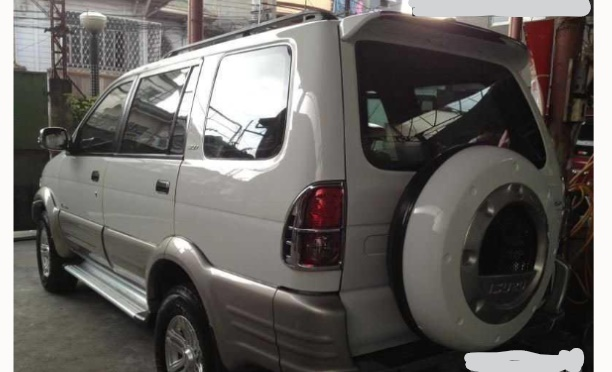 isuzu crosswind 2007 photo