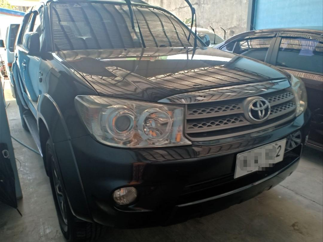 Toyota fortuner 2.5 g diesel AT 2010 photo