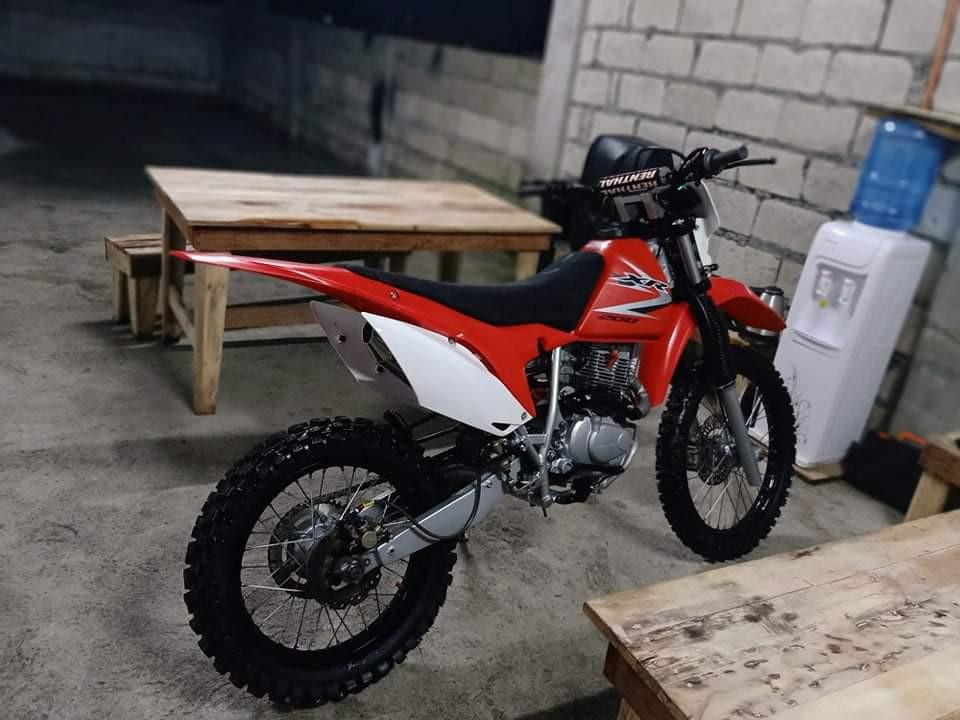 Honda xr 200 2012 photo
