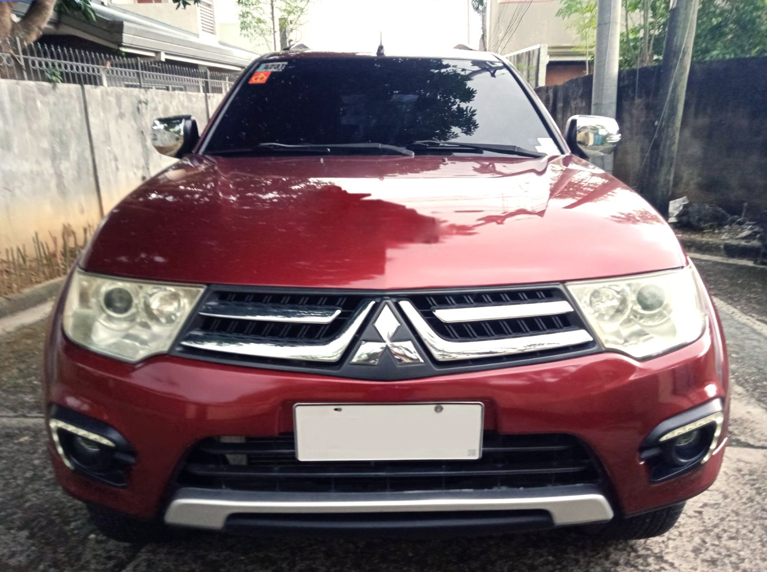 Red Montero For Sale photo