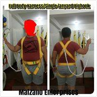 Full Body Harness Single Lanyard Bighook photo