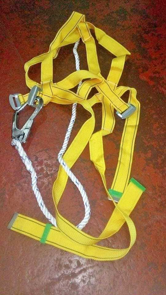 Full Body Harness Single hook Bighook photo