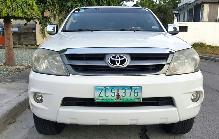 Toyota Fortuner 2006 G Automatic Diesel photo