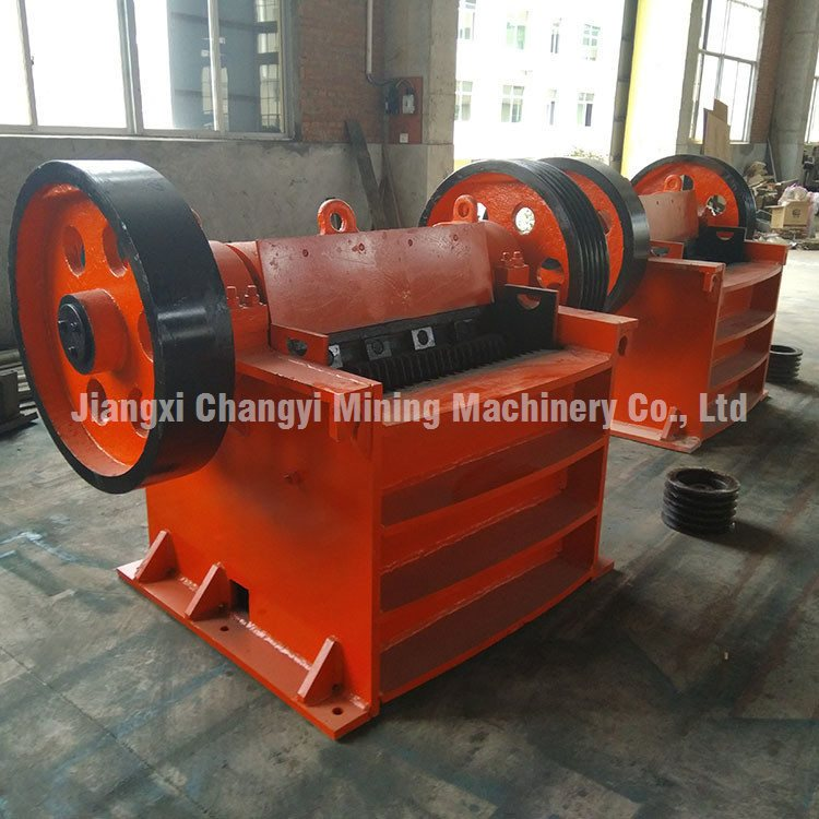 Small mobile mini stone jaw crusher, Stone Rock Jaw Crusher for Sale photo