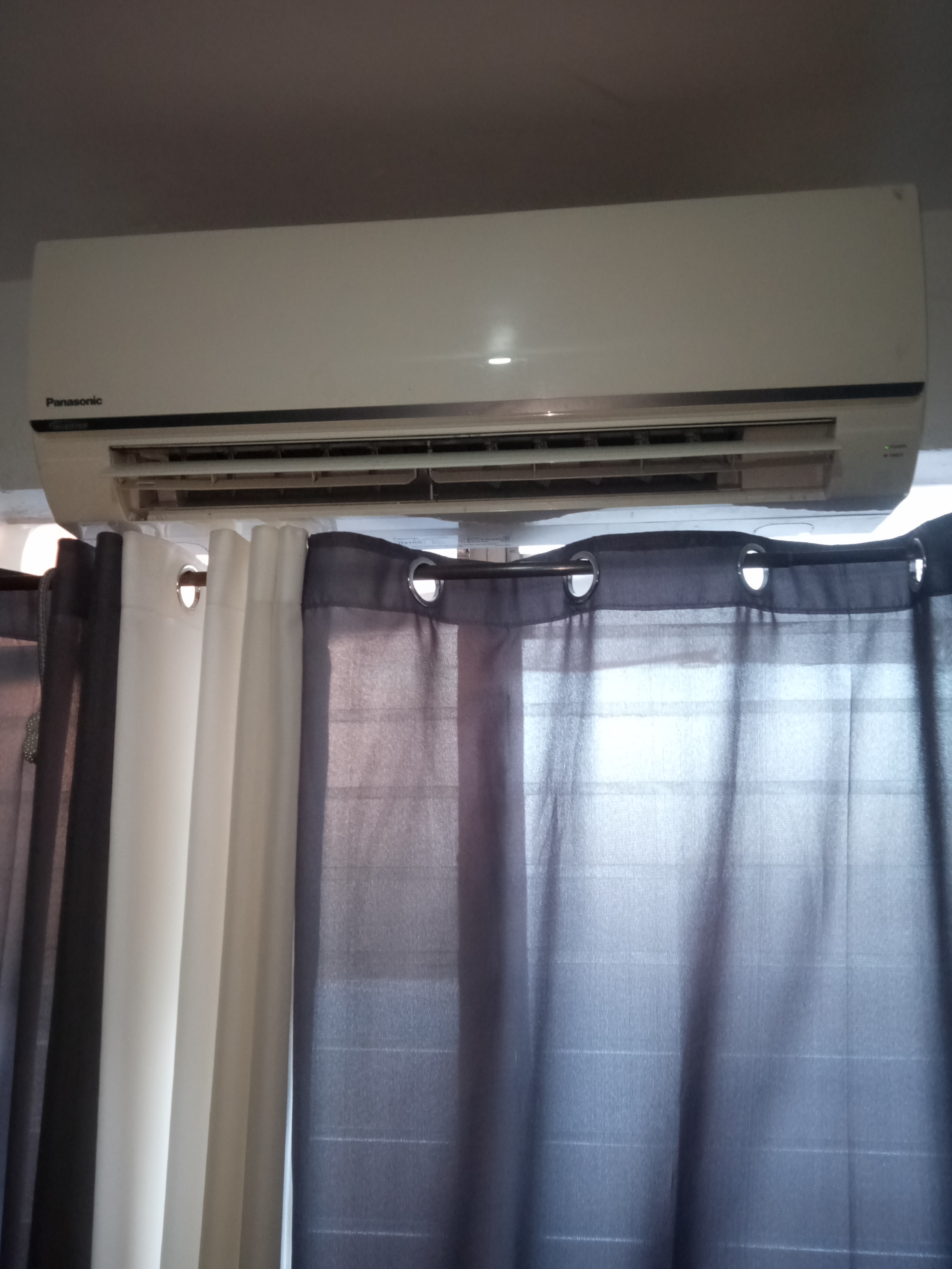 Defective Panasonic Inverter Split Type Aircon photo